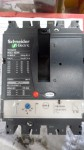 Disjoncteur Schneider-Electric NSX160N 3 Pôles TM125D